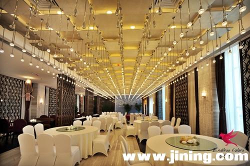 泗水 万紫千红 度家酒店 自助餐厅.jpg